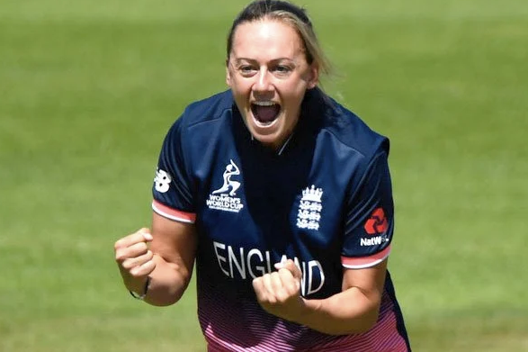 Laura Marsh announces retirement from all forms of cricket