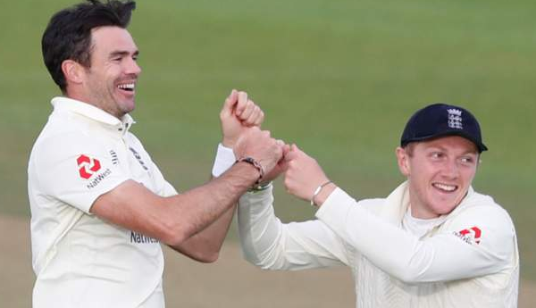 Spinner Dom Bess praises James Anderson as nears 600 wickets milestone