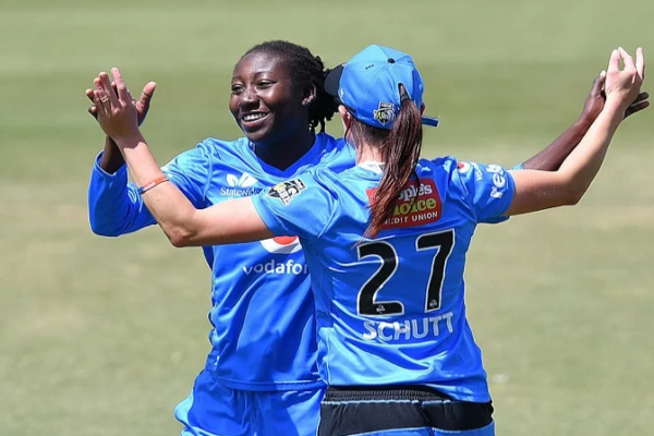 Adelaide Strikers re-sign Stafanie Taylor for the upcoming season