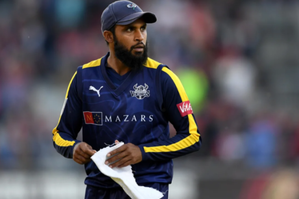 Adil Rashid pens one-year contract extension with Yorkshire