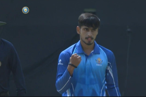Delhi Capitals sign Pravin Dubey as replacement of injured Amit Mishra