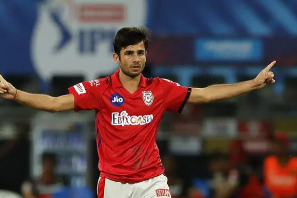 KXIP bowling coach impressed with spinner Ravi Bishnoi