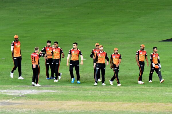 Persistent SRH defeat Delhi Capitals by 88 runs, keep playoff hopes alive