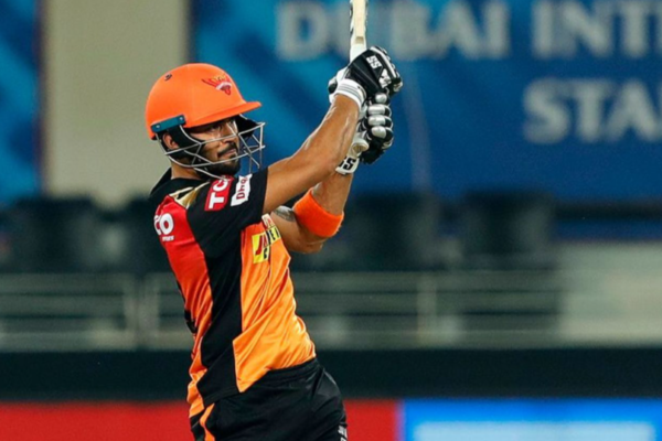 Sunrisers Hyderabad defeats Rajasthan Royals by 8 wickets
