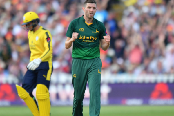 Harry Gurney returns to Nottinghamshire on a one-year contract extension
