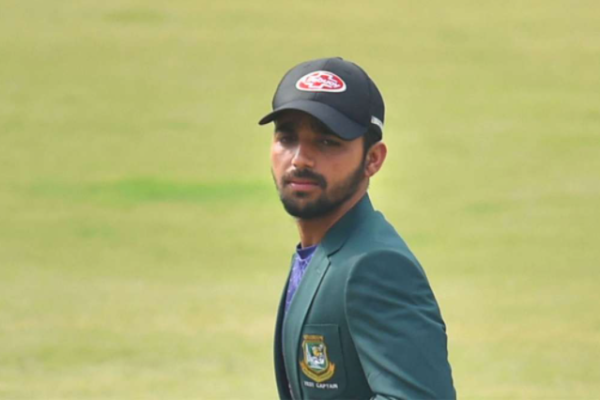 Mominul Haque tests positive for COVID-19