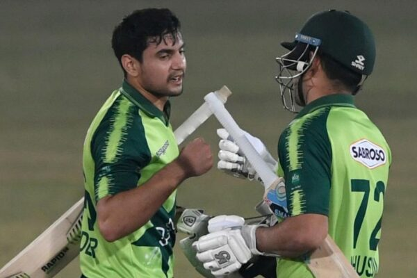 Pakistan put up clinical performance as they defeat Zimbabwe in 2nd T20I