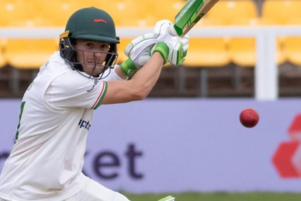 Leicestershire signs two-year contract extension with Sam Evans