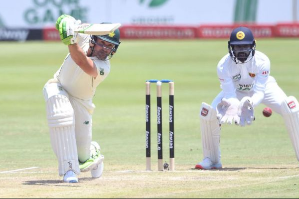 Dean Elgar reaches 4000 runs in Test cricket