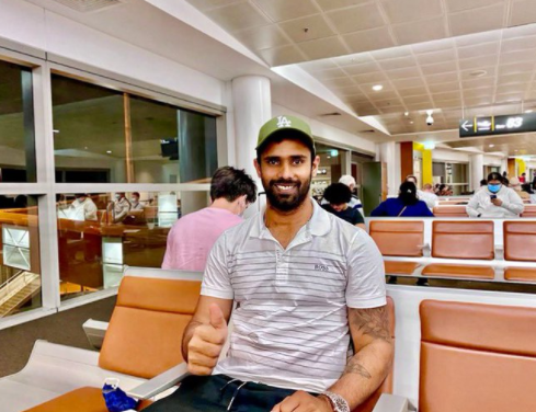 Hanuma Vihari flies back to India after being ruled out of the fourth Test