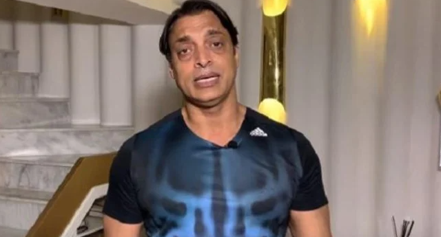 Misbah-ul-Haq will be soon replaced by Andy Flower, says Shoaib Akhtar