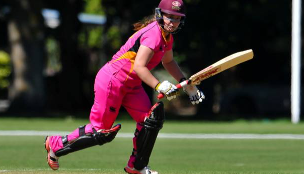 Brooke Halliday named replacement for Lea Tahuhu for the T20 series against England