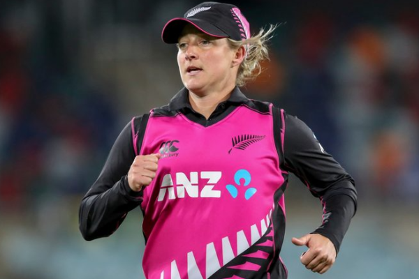 NZ to confirm Sophie Devine's availability for the final T20I before the game
