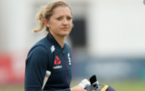Sarah Taylor signs deal with Sussex for a temporary period