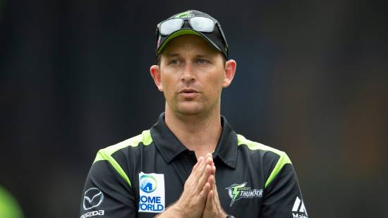 Big Bash League Shane Bond refuses contract extension with Sydney Thunder (1)