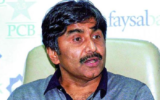 Javed Miandad criticizes PCB for considering moving PSL to UAE