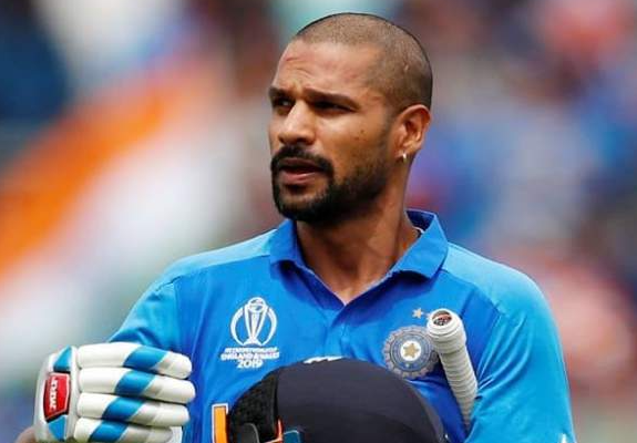 """Shikhar Dhawan shares a post-workout picture, Rohit responds """"Oh kii gal"""""""