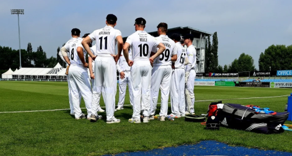 Derbyshire vs Essex game cancelled after a player tests positive for COVID-19