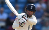 Mark Stoneman signs a three-year contract with Middlesex