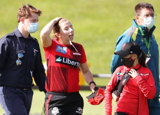 Georgia Wareham out of the remainder of WBBL|07 after injury knee