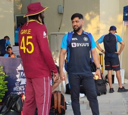 """The """"memorable moment"""" when MS Dhoni caught up with Chris Gayle"""